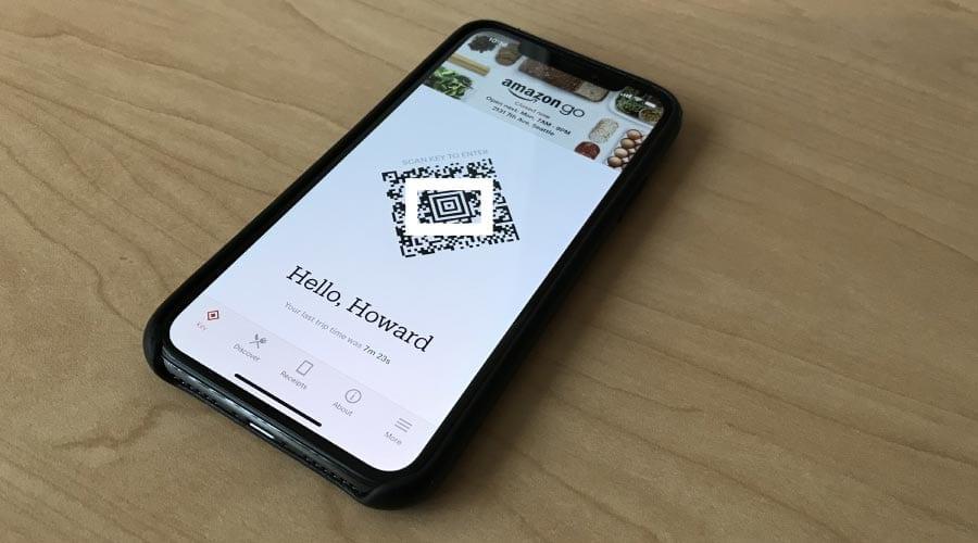 Tecnologia da Amazon Go, frictionless checkout, escaneia um código QR na loja e as compras são debitadas automaticamente