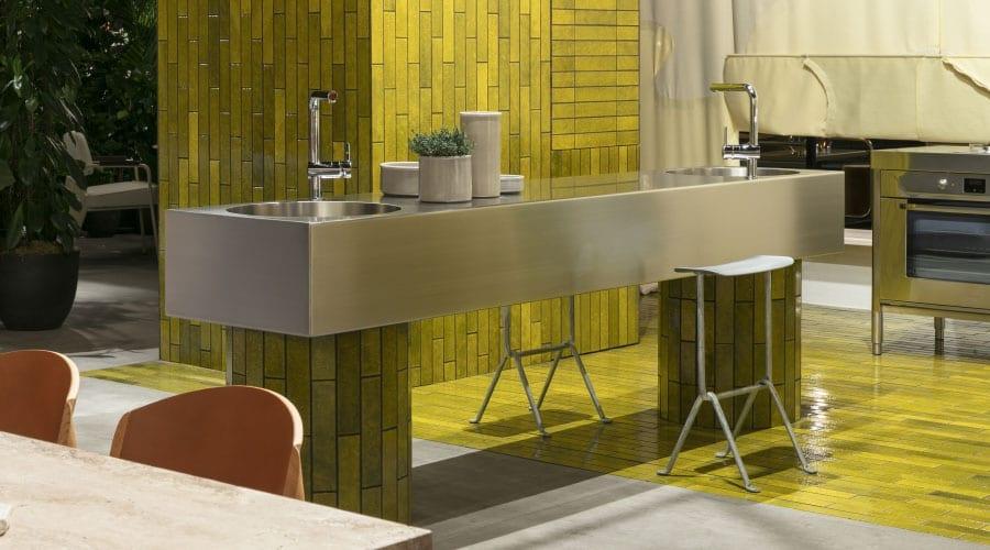 A função de um ambiente é sugerida, mas não é ditada pela mobília em Das Haus, na feira IMM Cologne